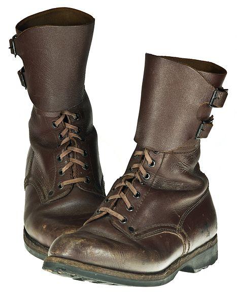 467px-Combat_boots_IMGP8978