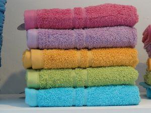 Zusammengelegte_Handtücher[1]