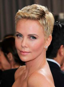 short_hairstyles_Charlize_Theron_16