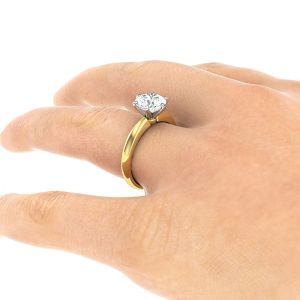Diamond_engagement_ring_yellow_gold_dr101_handstill6_1300