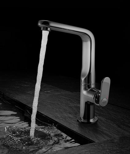 Grohe_kitchen_faucet_veris_1
